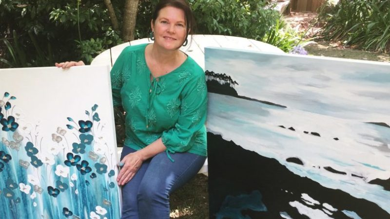 South Coast artist Naomi Crowther keeps painting despite the fires – About Regional