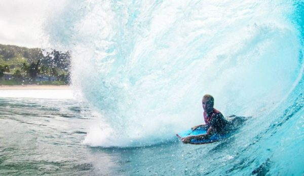 What's the Difference Between Boogie Boarding and Bodyboarding? – TheInertia.com