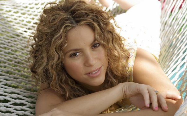 Shakira takes her sons bodyboarding in Barcelona – Information-Analytic Agency NEWS.am