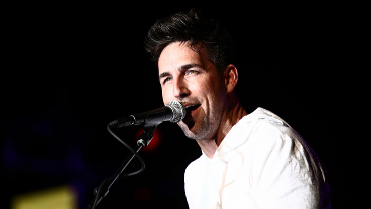Jake Owen's Girlfriend And Two Daughters Star In Sweet 'Made For You' Video – iHeartRadio