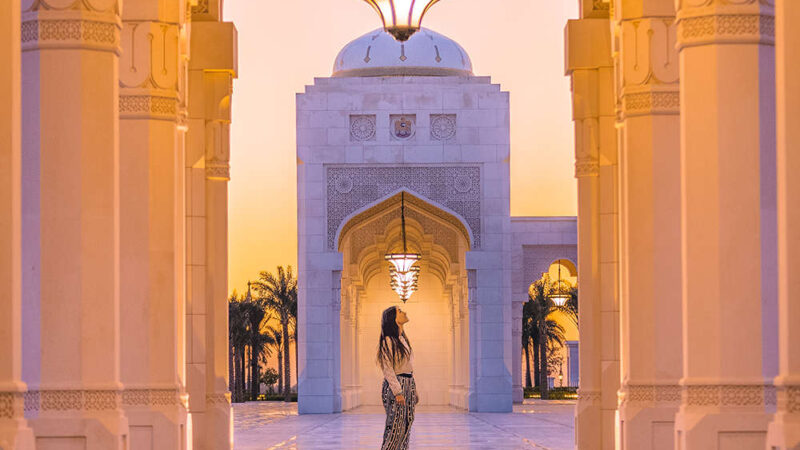 Looking to unwind outside of the city? Abu Dhabi's stunning resorts, islands and parks are ideal for some quiet time – Happytrips