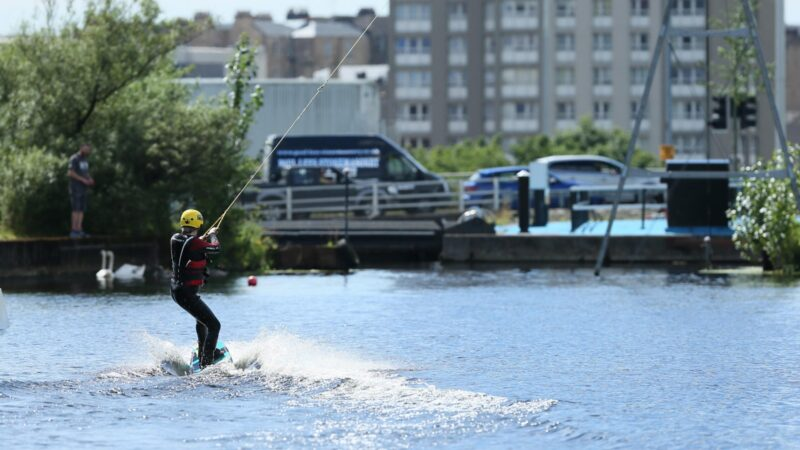 Pinkston watersports centre launched family-friendly adventure packages – Glasgow Times