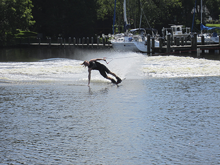 Wakeboarding school offers tips and tricks of the trade – Washington Daily News – thewashingtondailynews.com