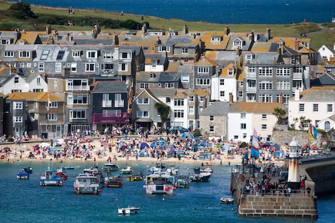 A postcard from Cornwall – is it really 'like Benidorm on steroids?' – Telegraph.co.uk