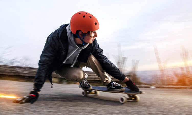 How to slow down and stop on a skateboard – SurferToday