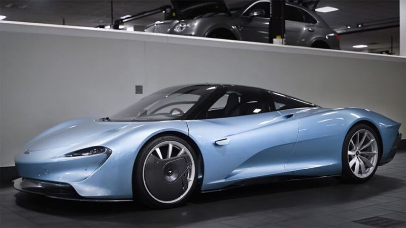 Watch the First McLaren Speedtail Touch Down in the US – Yahoo Lifestyle