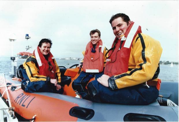 Christchurch man, saved by RNLI Mudeford crew 26 year ago, donates to service – Bournemouth Echo