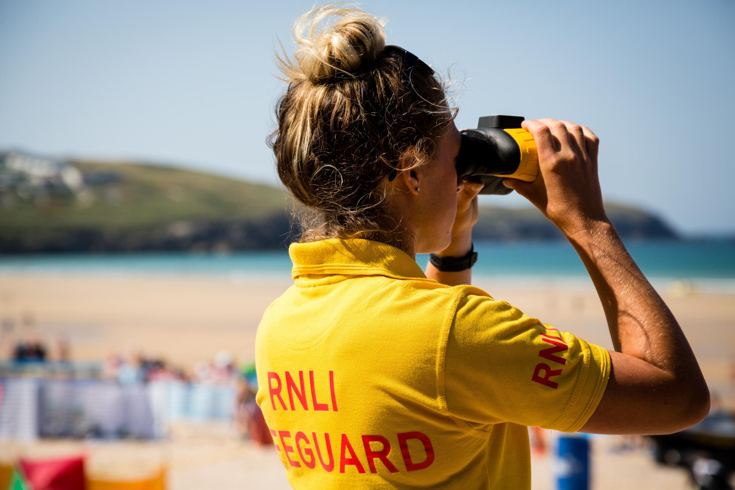 RNLI lifeguard patrols end at West Bay and Lyme Regis – Dorset Echo