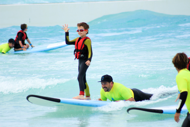 The benefits of wave pools to adaptive surfers – SurferToday