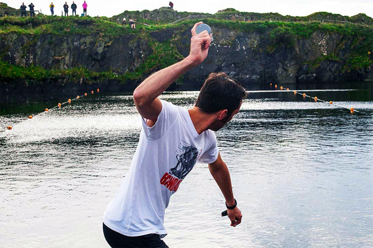 World Stone Skimming Championships: the event is held every year in Easdale Island, Scotland | Photo: WSSC