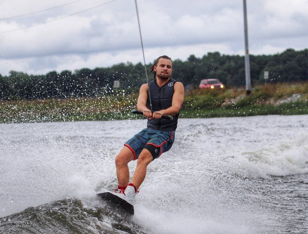 Fourth year Gordie Graham wins wakeboarding competition at 2020 East Coast Watersports Championship – University of Virginia The Cavalier Daily
