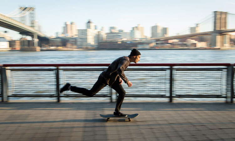 How to push on a skateboard – SurferToday