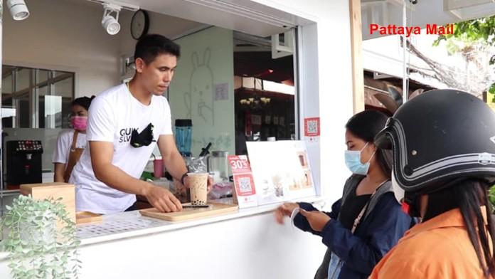 Pattaya windsurfing champ opens bubble tea stand – Pattaya Mail