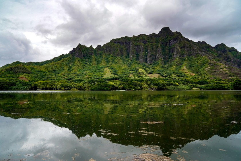 The Koolau mountain range from the Moli'i Fishpond.